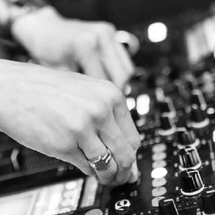DJ, 電台主持課程 -pic01